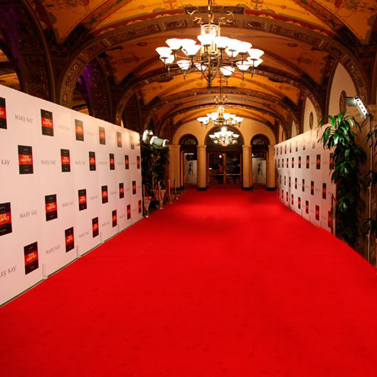 Step And Repeat Red Carpet Backdrop Redcarpetsystems Dot Com 02 530x530 Red Carpet Systems